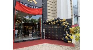 Tổ chức khai trương quán cafe Modern Classic tại Quận 7, TP.HCM